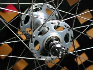 Dura Ace high flange hub