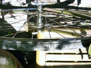 Dunlop Le Pneu tires